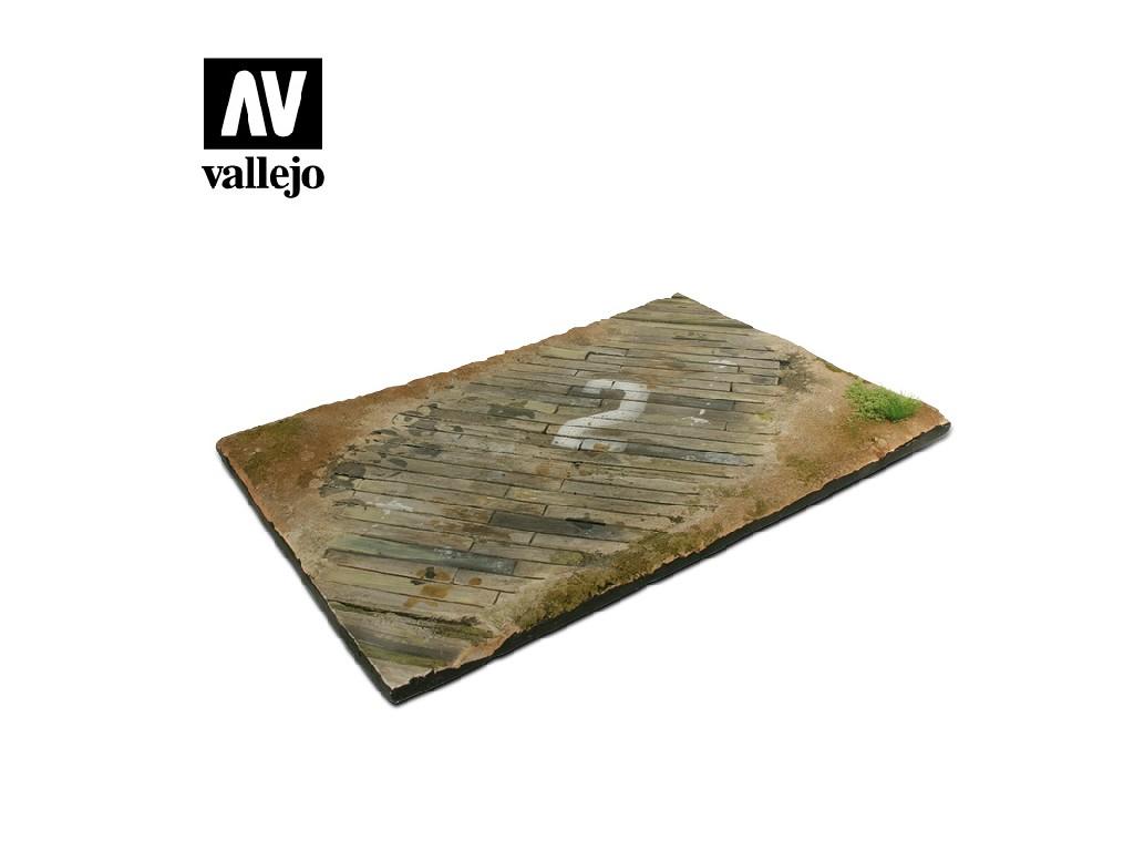 Vallejo - Scenics SC102 Dřevěná plocha letiště 31x21cm 1/35