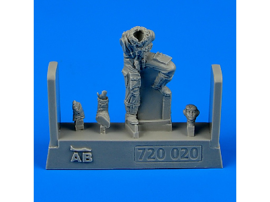 Aires - 720020 - German Luftwaffe Pilot WWII for Bf 109 late v 1:72