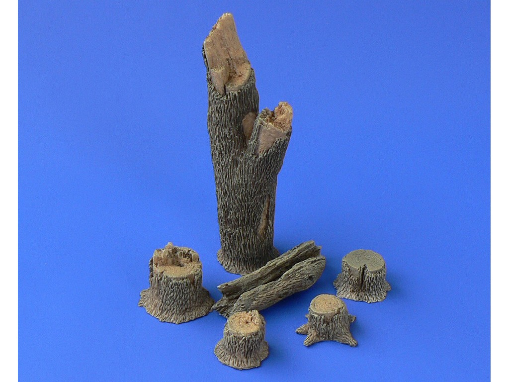 1/48 TREE TRUNKS and STUMPS Resin dio set