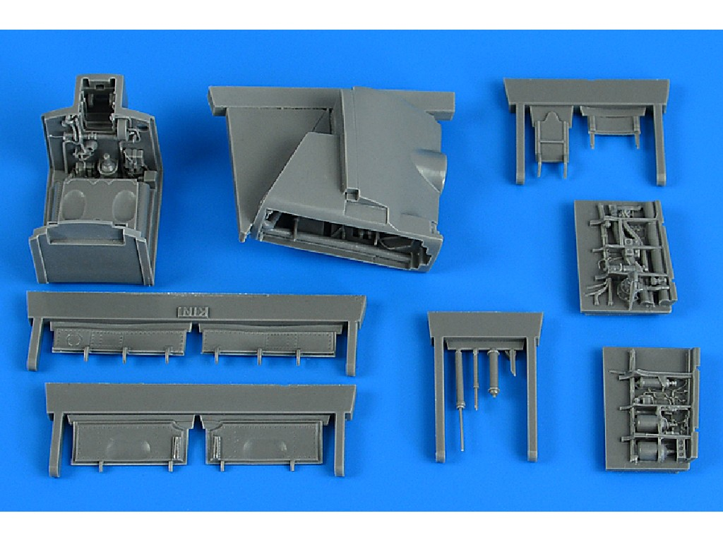 Aires - 4838 - Harrier GR.1/GR.3 wheel bay for KINETIC kit 1:48