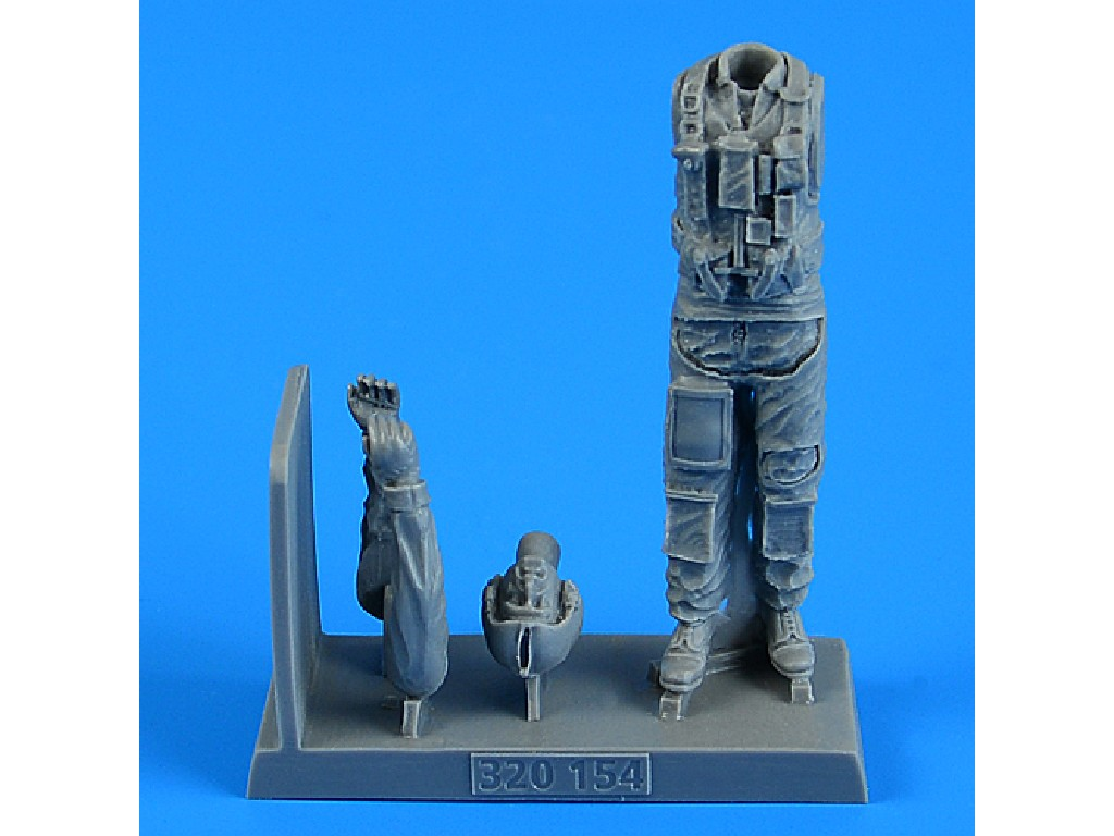 Aires - 320154 - United States Air Force Combat Pilot for x kit 1:32