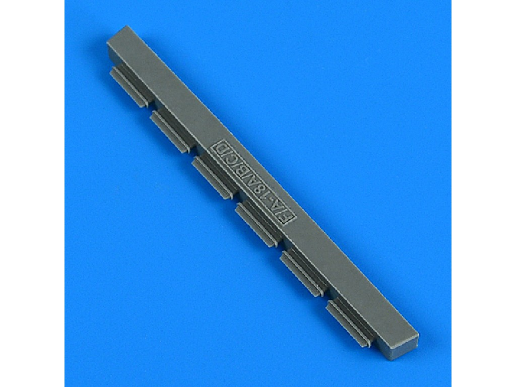 Aires - QB32273 - F/A-18 A/B/C/D APX-IFF antenna for x kit 1:32