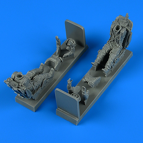 1/32 Soviet Pilot and Trainer Pilot with ej. seat for MiG-21 UM for TRUMPETER kit