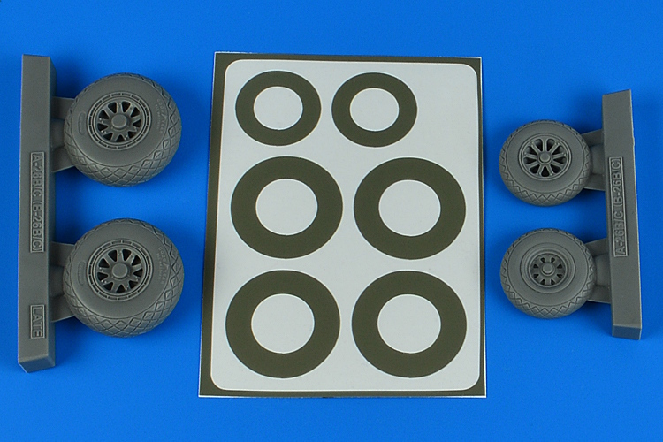 1/48 A-26B/C (B-26B/C) Invader wheels + paint masks late - diamond pattern for ICM kit
