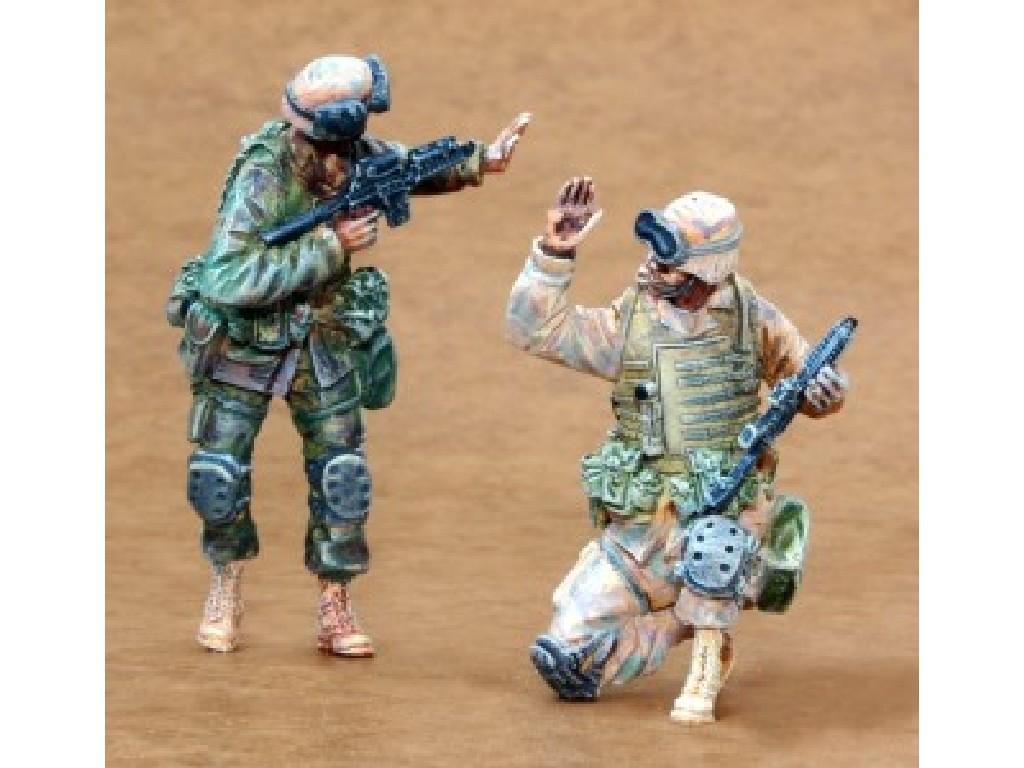 1/35 US Infantry Freedom Iraq part I (2 fig.)