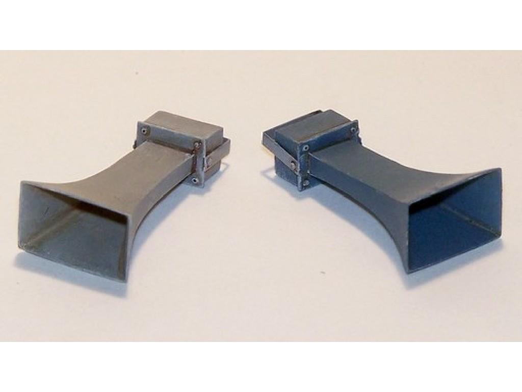 Plusmodel - EL054 - Square loudspeaker 1:35