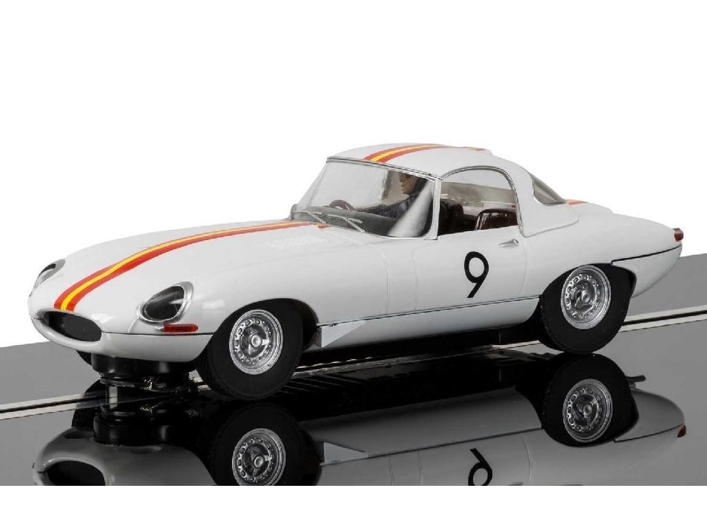 1/32 Autíčko Circuit SCALEXTRIC C3890 - Jaguar E Type 1965 Bathurst Bob Jane - NEW TOOLING