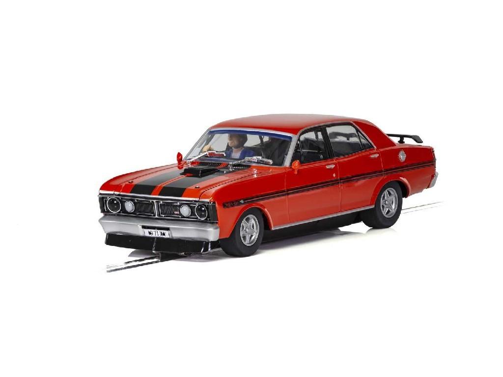 1/32 Autíčko Street SCALEXTRIC C3937 - Ford XY Road Car - Candy Apple Red