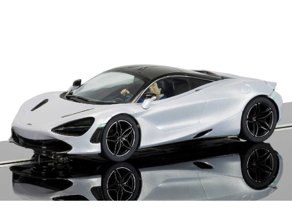 1/32 Autíčko Street SCALEXTRIC C3982 - McLaren 720S - Glacier White
