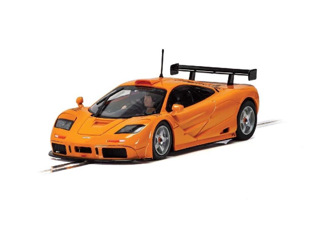 Autíčko Street SCALEXTRIC C4102 - McLaren F1 GTR - Papaya Orange (1:32)