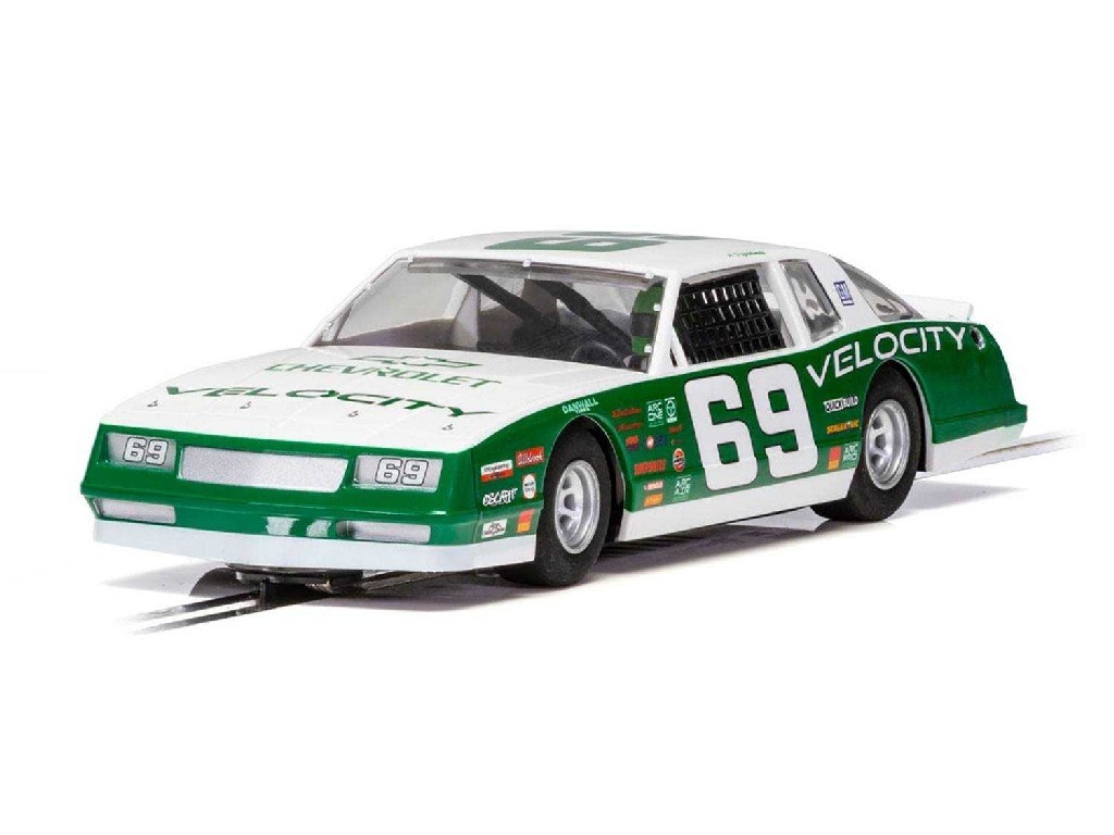 1/32 Autíčko Super Resistant SCALEXTRIC C3947 - Chevrolet Monte Carlo 1986 No.69 - Green [NEW TOOLING 2018]