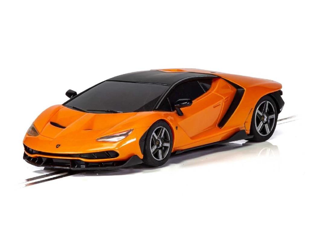 Autíčko Super Resistant SCALEXTRIC C4066 - Lamborghini Centenario - Orange (1:32)