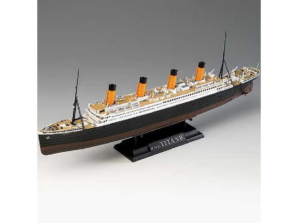1/700 Plastikový model - loď 14214 - R.M.S. TITANIC CENTENARY ANNIVERSARY MCP