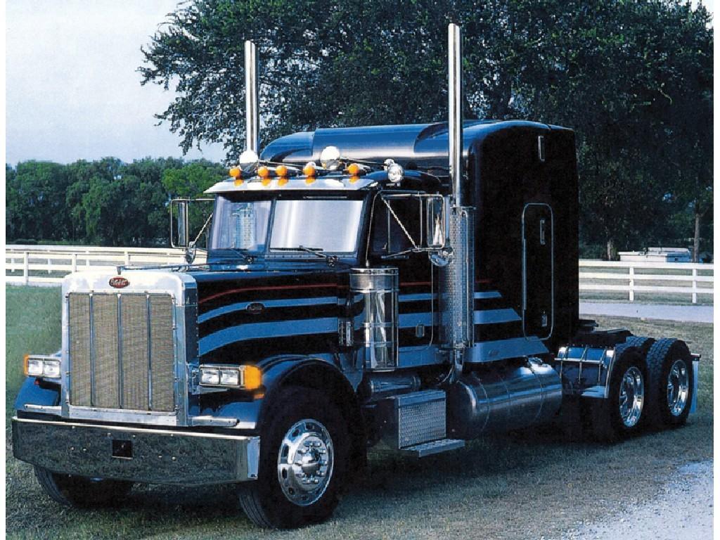 1/24 Plastikový model - truck 3857 - CLASSIC PETERBILT 378 Long Hauler
