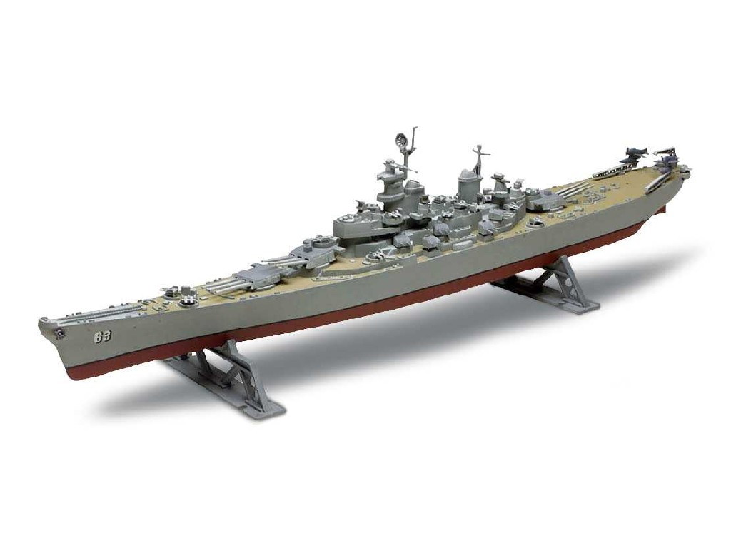 1/535 Plastikový model - Monogram loď 0301 - USS Missouri Battleship