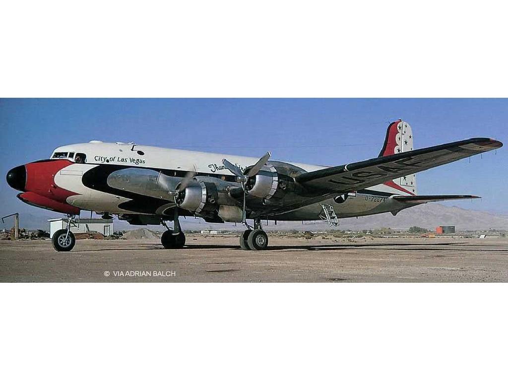 1/72 Plastikový model - letadlo Limited Edition 03920 - C-54D Blue Angels (Platinum Edition)