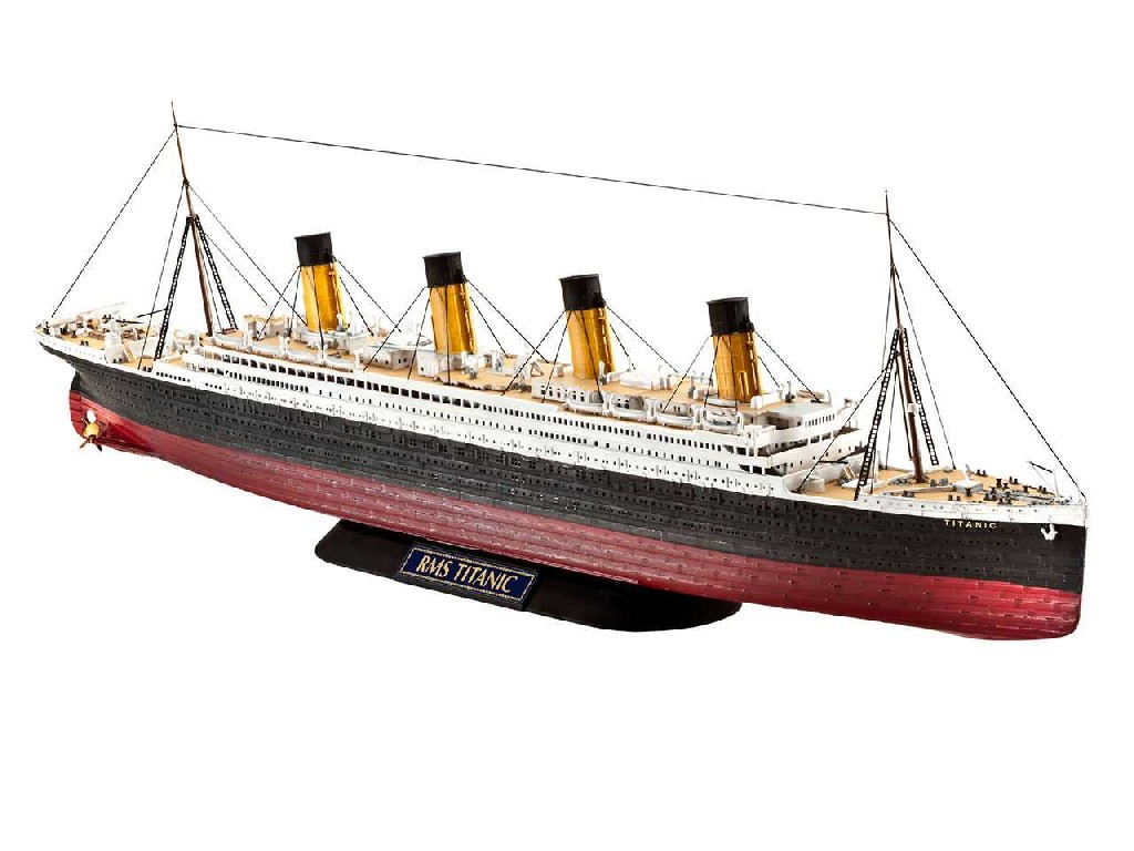 1/700 Plastikový model - loď 05210 - R.M.S. TITANIC