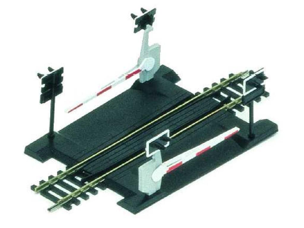 Rozšíření trati Hornby R645 - Single Track Level Crossing
