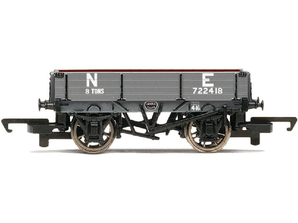 Vagón nákladní Hornby R6807 - 3 Plank Wagon NE