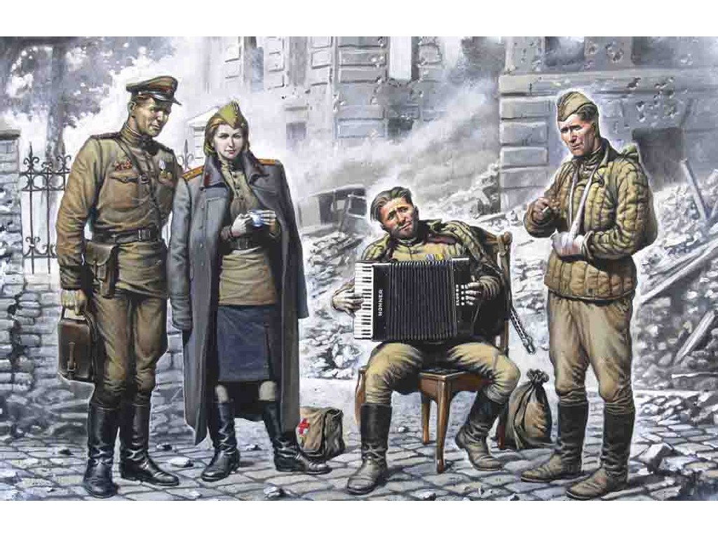 1/35 May 1945 (figures)